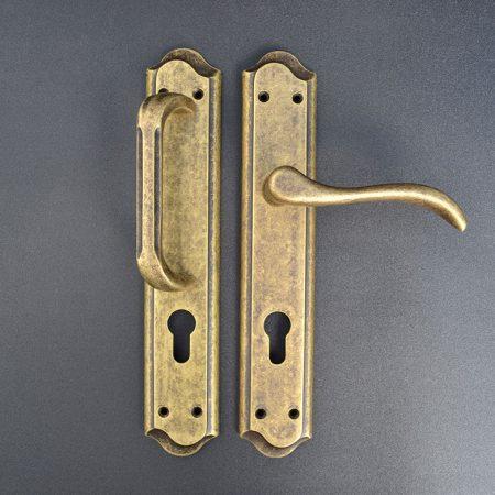 5831 AX CE Puerta de Entrada